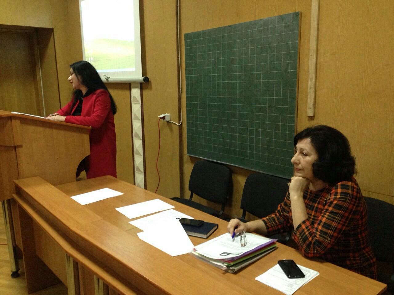 Проведено семінарське заняття для фахівців з епідеміології та дезінфектології