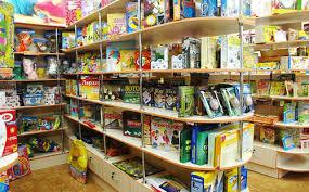 Дитячі  іграшки, що приносять не тільки радість або особливості українського шопінгу