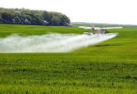 Небезпека авіаційного методу обробки полів пестицидами та агрохімікатами