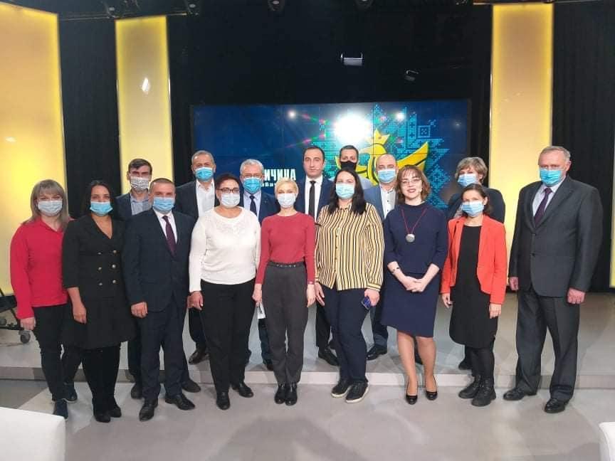 Цікава дискусія  про ситуацію з COVID-19 на Прикарпатті, Україні та в світі, яка відбулась в прямому ефірі на Галичина TV